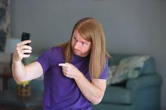 Psychology of the Selfie - with JP Sears | Informatief filmpje :) Alleen de psyche achter de duckface selfie ontbreekt nog...