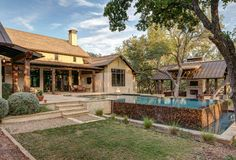 hill country pool farmhouse with barn design traditional outdoor pub and bistro sets Hill Country Homes, Country House Plans, Country Farmhouse Decor, Farmhouse Interior, Farmhouse Design, Country Living, Texas Farmhouse, Farmhouse Homes, Porches