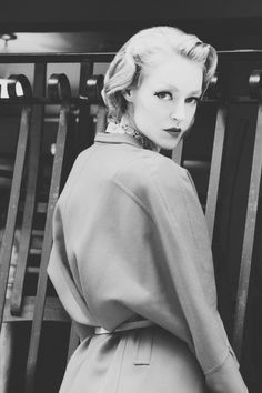 Paper Mothball Vintage, #vintage #pinup #1950s #1960s #fashion #blackandwhite #cateye #makeup #dior #newlook #midcentury