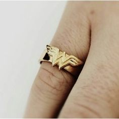 Wonder Woman Aesthetic, Cassie Sandsmark, Diana, Character Aesthetic, Geek Gifts, Geek Chic, Geek Stuff, Jewels, My Style