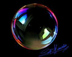 Drawings Resultado de imagem para pics of drawings coloured bubbles Bubble Drawing, Bubble Painting, Bubble Art, Colored Pencil Artwork, Color Pencil Art, Colored Pencils, Colored Bubbles, Black Paper Drawing, 3d Drawings