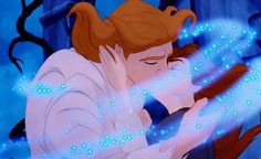 Favorite Kiss: Beauty and the Beast - gotta love the sparkles!