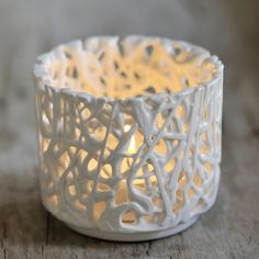 The Small Tangled Web Tea Light holder by Timea Sido provides a magical atmosphere from the soft glow of the candle light, as the light dispenses through the openings of the pattern. This tea-light holder is a perfect present idea. Slab Pottery, Ceramic Pottery, Pottery Art, Pottery Ideas, Clay Crafts, Diy Clay, Keramik Design, Creation Art, Small Tea