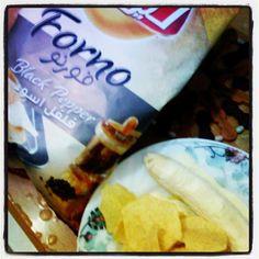 black pepper potato chips & milk-topped banana
