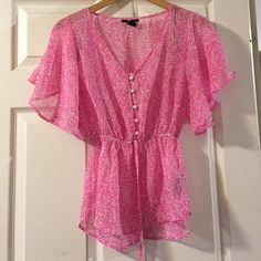 Blouse It is like new. See through. Forever 21 Tops