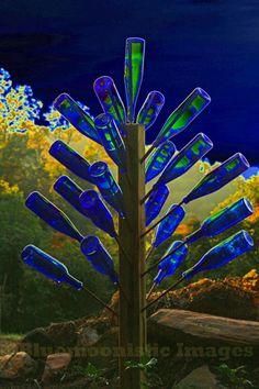 Blue Bottle Tree at Blue Moon Ridge, Ashe County, North Carolina Wine Tree, Wine Bottle Trees, Wine Bottle Art, Blue Bottle, Wine Bottle Crafts, Garden Totems, Glass Garden Art, Bottle Garden, Glass Art