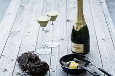 "Krug Grande Cuvée lends itself to a plethora of culinary combinations, from the simplest to the most sophisticated, from an extra mature parmesan to a dish of ""turbot à la truffe"". Champagne Flutes, Krug Champagne, Wine News, Wine Reviews, Sparkling Wine, Decanter, Alcoholic Drinks, Bubbles, Food And Drink"