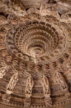 Indian Temple Architecture, India Architecture, Ancient Architecture, Beautiful Architecture, Gothic Architecture, Vernacular Architecture, Temple India, Jain Temple, Mount Abu