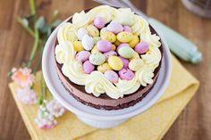 Pääsiäisen herkullinen Mignonkakku - Pullahiiren leivontanurkka Little Bit, Happy Easter, Birthday Parties, Baking, Party, Desserts, Food, Happy Easter Day, Anniversary Parties