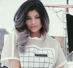 Kylie Jenner is the koolest of the Kardashians with a gradient black-to-gray locks on her Instagram feed.