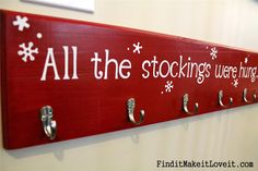 Find it, Make it, Love it: No Mantle Stocking Solution