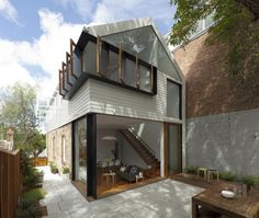 Indoor Outdoor Living in Sydney by Sydney-based Architect Christopher Polly via Remodelista