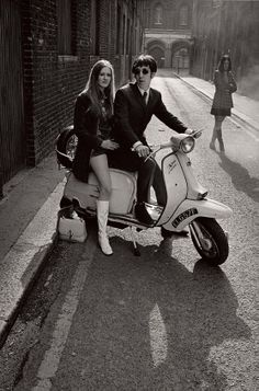 Popular Photography Magazine: Mods and Rockers by Photographer ~ Horst A. Friedrichs