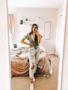 61 Trendy autumn outfits for school make you fashionable - 61 trendy fall outfits for school make you fashionable, Outfits - Fall Outfits For School, Trendy Summer Outfits, Cute Casual Outfits, Stylish Outfits, Autumn Outfits, College Outfits, School Wear, Casual Summer, Simple Outfits