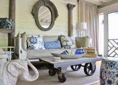 meuble de salon à roulette et table basse