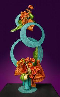 Contemporary Flower Arrangements, Creative Flower Arrangements, Ikebana Flower Arrangement, Church Flower Arrangements, Ikebana Arrangements, Floral Arrangements, Unique Flowers, Exotic Flowers, Colorful Flowers