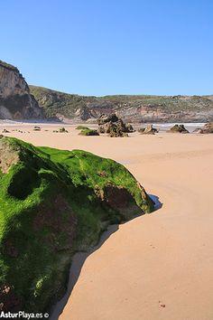 Spring at the Ballota beach in Llanes, Asturias, Spain. Fancy a sunny Sunday on the beach?