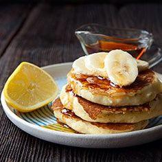 Pancakes z mąki ryżowej. Gluten Free Pancakes, Gluten Free Treats, Gluten Free Recipes, Healthy Cake Recipes, Healthy Sweets, Healthy Snacks, Yogurt Pancakes, Crepes And Waffles, Banana Pancakes