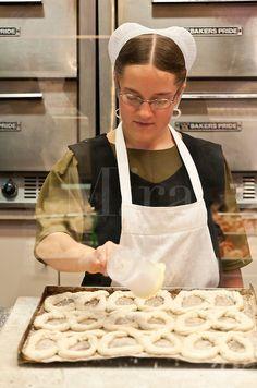 Making soft pretzels, Reading Terminal Market, Philadelphia, PA, Pennsylvania, USA