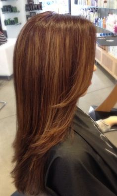 Fall hair color by Bloom Beauty Pro by Carla Makowski. #balayage Mocha and caramel highlights.