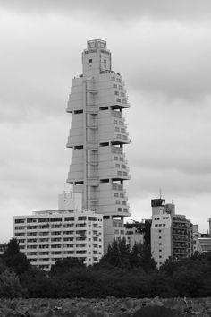 Hotel Sofitel, Tokyo, Japan (1994-2006) Lost Modernist Buildings - Page 2 - SkyscraperCity