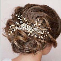 Bride's Flower Shape Rhinestone Hair Comb Wedding Hair Clip Accessories 1 PC 2017 - $7.99