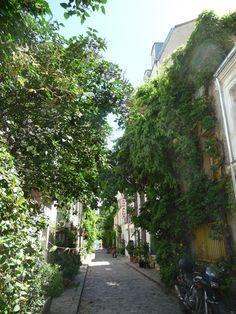 Rue des Thermopyles. Et oui, c'est à Paris!   www.lab333.com  www.facebook.com/pages/LAB-STYLE/585086788169863  http://www.lab333style.com  https://instagram.com/lab_333  http://lablikes.tumblr.com  www.pinterest.com/labstyle