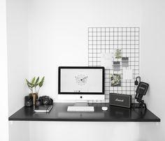 Office space / IG: @rachelaust