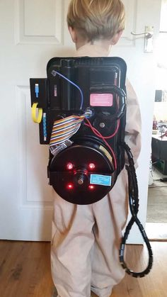 Ghostbusters proton pack for my 5 year old - Imgur