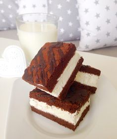 BEZLEPKOVÉ MLÉČNÉ ŘEZY Gluten Free Recipes, Tiramisu, Low Carb, Vegetarian, Cake, Ethnic Recipes, Sweet, Desserts, Baking Ideas