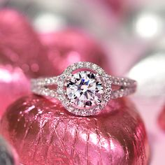 Now that's some serious eye-candy! Treat your #Valentine to the Blue Nile Studio Cambridge Halo Diamond Engagement Ring.