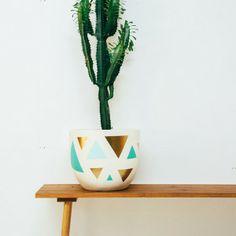Gold Triangle Pot