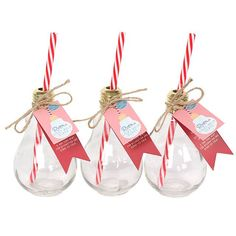 Buy Set of 8 Retro Lightbulb Glasses at competitive prices at Something Different Wholesale. Cocktail Recipes, Cocktails, Drinks, Lightbulb, Gift Wrapping, Christmas Ornaments, Retro, Holiday Decor, Party