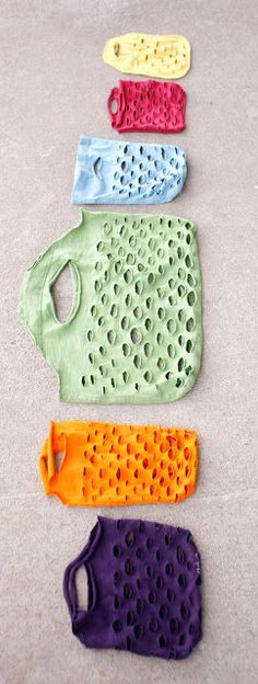 delia creates - produce bags from t-shirts, just don't make the holes to big or things will fall out