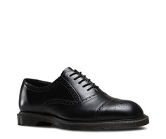This classic 5-eye brogue has been created on our slimmest last and is part of the Henley collection. The smooth black or oak leather sits on top of an extra slim air cushioned sole that's perfect for work or play and finished in a smokey rubber.