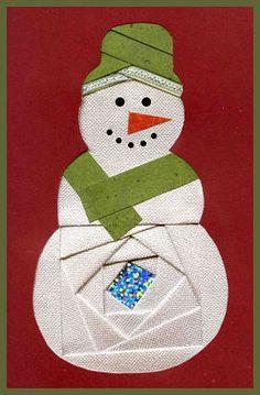 Various iris folding - Christmas cards Iris Folding Templates, Iris Paper Folding, Iris Folding Pattern, Patchwork Quilting, Paper Cards, Folded Cards, Pliage D'iris, Christmas Crafts, Christmas Patterns