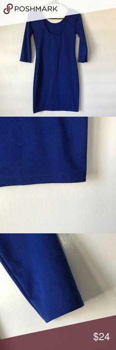 Royal blue bodycon dress Beautiful royal blue bodycon dress with quarter sleeves. Very flattering to show off yours curves and the sleeves hid my arm flab to show off delicate forearms! The length is about to mid thigh. Size small Forever 21 Dresses