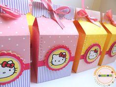Caixas Milk personalizados com papel de scrapbook - Hello Kitty