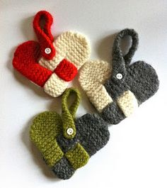 Knitted woven hearts