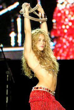 FORTUNEWEBSITE: Shakira Isabel Mebarak Ripoll, používající své prv...