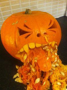 Vomiting pumpkin Creepy Halloween Party, Halloween Horror, Halloween Treats, Halloween Pumpkins, Fall Halloween, Halloween Decorations, Funny Pumpkin Carvings, Creepy Pumpkin, Holiday Treats