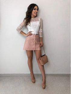 Saia botoes karen rose newsoberme outfit ideas в 2019 г. Look Fashion, Skirt Fashion, Fashion Dresses, Womens Fashion, Fashion Quiz, Skirt Outfits, Cool Outfits, Casual Outfits, Lawyer Outfit