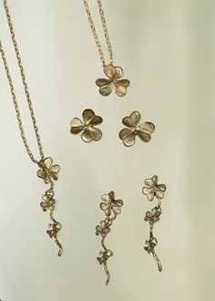 Silver Season Jewelry Clover represents the love of nature.