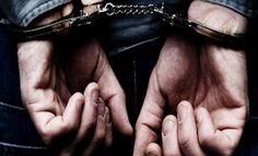 Ρέθυμνο Ναρκωτικά και όπλα κατασχέθηκαν στο σπίτι 34χρονου - Real.gr