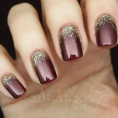 68 Trendy Nail Art Designs to Inspire Your Winter Mood winter nails; red and gold nail art designs. Red And Gold Nails, Gold Nail Art, Red Nails, Hair And Nails, Red Gold, Gold Gel Nails, Gorgeous Nails, Pretty Nails, Pretty Pedicures