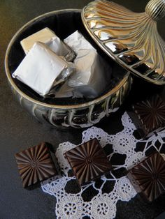 Csokoládé Reformer: Tojáslikőrös bonbon