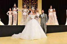 Confira a cobertura do desfile da coleção Arabesco assinada pelo estilista Lucas Anderi no Salão Casamoda Noivas.