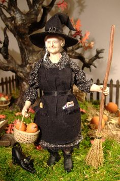 1:12 scale Pumpkin Witch made by Karin Smead.