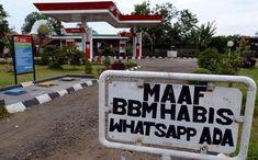 Ktawa.com Meme Lucu Maaf BBM habis whatsapp ada Hilarious, Funny, Haha, Jokes, Humor, Random, Cheer, Ha Ha, Laughing So Hard