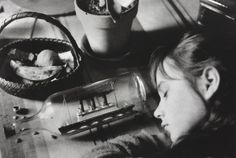 Édouard Boubat was born in Paris and he studies typography and graphic arts at Ecole Estienne. He worked for a prnting company before becoming a Robert Doisneau, New York City, Fondation Cartier, French Magazine, Become A Photographer, Night Pictures, First Photograph, Anais Nin, Japan